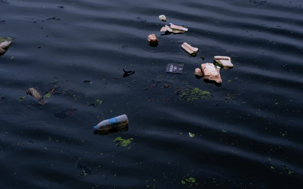 Floating pieces of waste in lakes